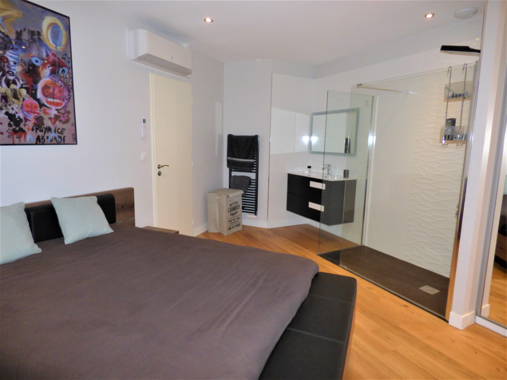 MOULINS CENTRE - APPARTEMENT STANDING MEUBLE 5/6