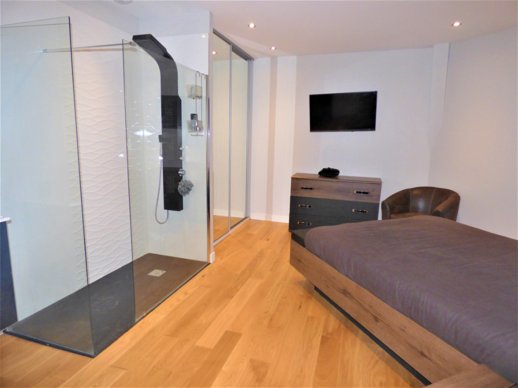 MOULINS CENTRE - APPARTEMENT STANDING MEUBLE 6/6